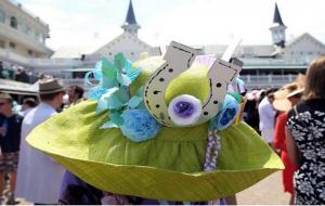 sombrero con flores